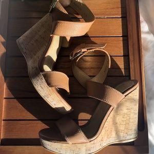 Stuart Weitzman X Ray Wedge Sandals (Sz 8)